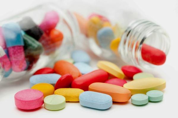 Người bệnh cần tuân thủ theo đúng đơn thuốc chỉ định của bác sĩ để cải thiện sớm bệnh