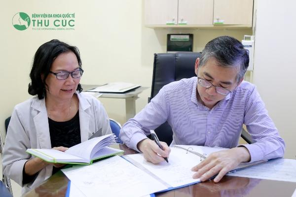 điều trị ung thư với bác sĩ singapore