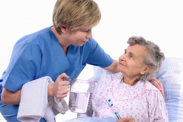 Vì thế người bệnh cần nghỉ ngơi, chú ý ăn uống và sinh hoạt điều độ sẽ giúp kiểm soát và giảm dần biến chứng