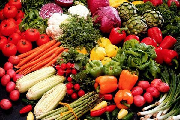 Người bệnh cần chú ý ăn uống nhằm đảm bảo đầy đủ dinh dưỡng cho cơ thể