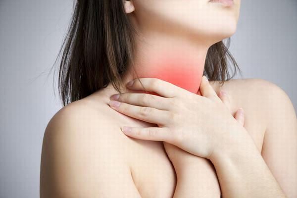 U nang tuyến giáp có nguy hiểm không là câu hỏi được nhiều người đặt ra