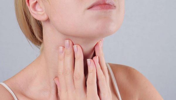 Nữ giới là đối tượng có nguy cơ mắc ung thư tuyến giáp cao gấp 3 lần nam giới.