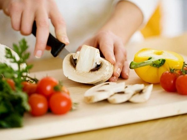 Ăn mặn làm tăng huyết áp và tăng nguy cơ ung thư