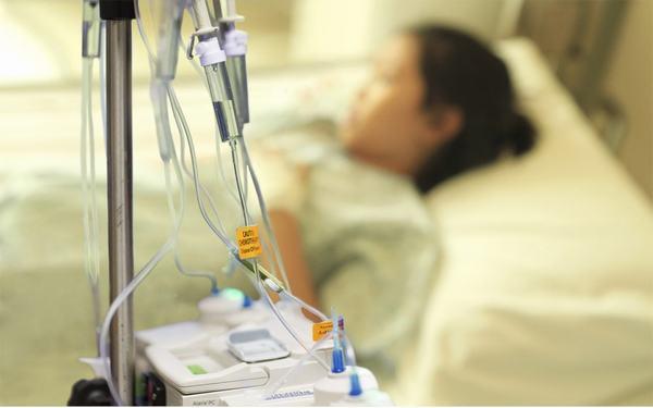 Hóa trị là một trong những phương pháp thường được sử dụng trong điều trị ung thư vòm họng giai đoạn cuối