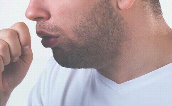 Các dấu hiệu thường gặp khi bị ung thư phổi di căn hạch là hạch cổ sưng to, khó thở, khó nuốt, ho