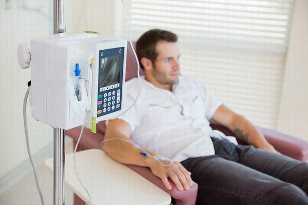 Ở giai đoạn ung thư vòm họng di căn hạch, hóa trị là phương pháp thường được áp dụng