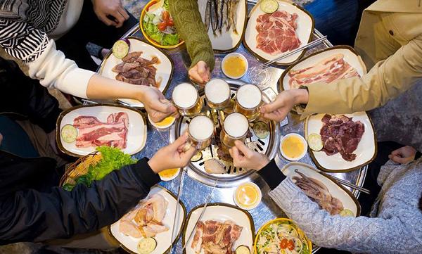 Thói quen ăn uống thiếu khoa học làm tăng nguy cơ mắc ung thư đường tiêu hóa