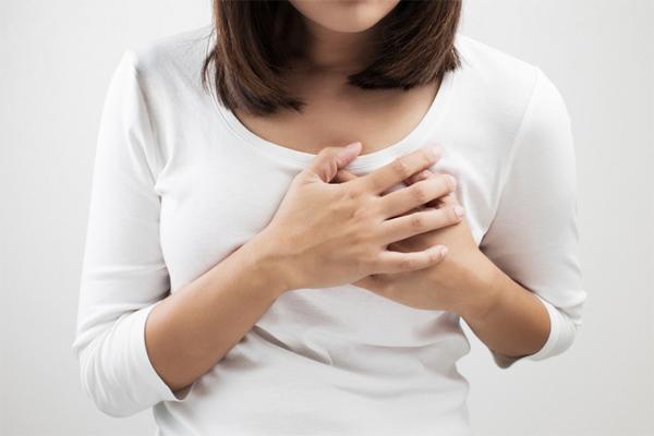 Phụ nữ mọi độ tuổi đều có khả năng mắc ung thư vú và ung thư phụ khoa