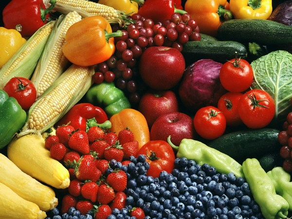 Người bệnh ung thư gan nên bổ sung nhiều rau củ quả trong chế độ ăn hàng ngày