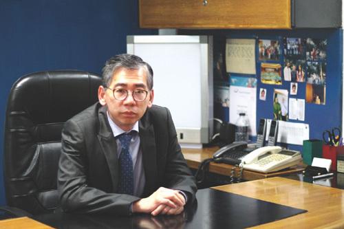 GS-TS Lim Honglang Singapore Điều trị ung thư tại Bệnh Viện Thu Cúc
