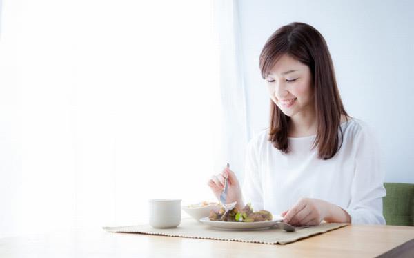 Cần đa dạng thực phẩm và ăn đúng, ăn đủ để đảm bảo sức khỏe