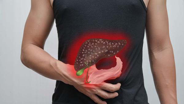 Các triệu chứng ung thư gan mật thường mơ hồ nên nhiều người không phát hiện sớm bệnh